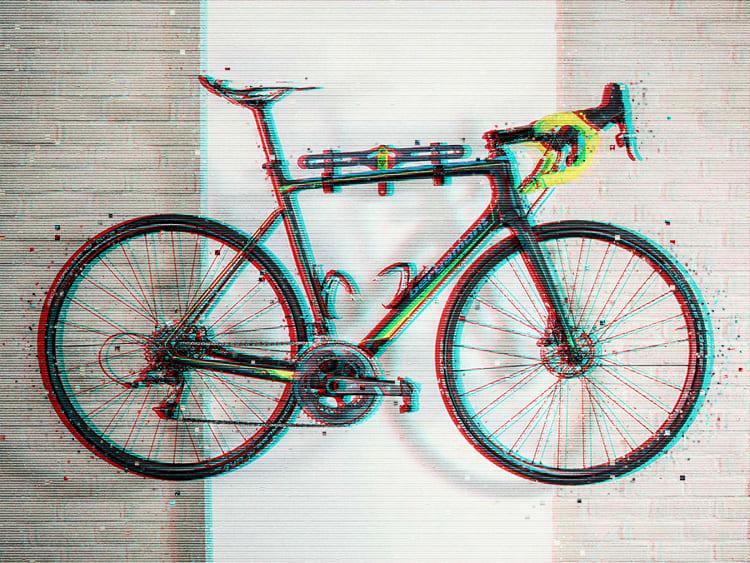 Велосипед можно закрепить на стене