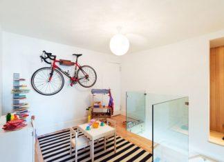 Нет свободного пространства: крепление для велосипеда на стену позволит найти необходимое место