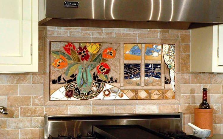 Оригинальный фартук с мозаичной композицией