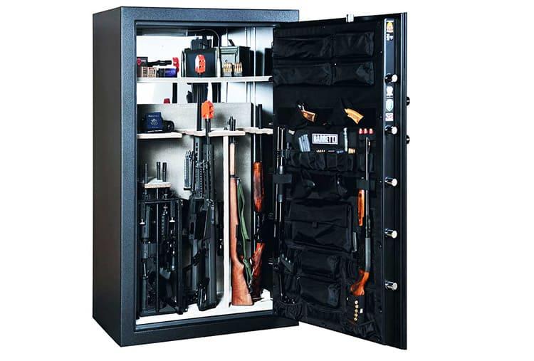 В большинстве случаев вы встретите в продаже изделия для длинноствольного оружия: винтовок и дробовиков. Но есть и ящики для хранения пистолетов