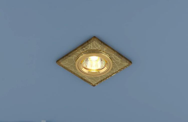 Изделия в золотом корпусе весьма популярны