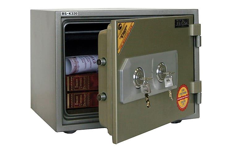 Для тех, кто пользуется сейфом постоянно, оптимальным выбором будет использование двух механических замков