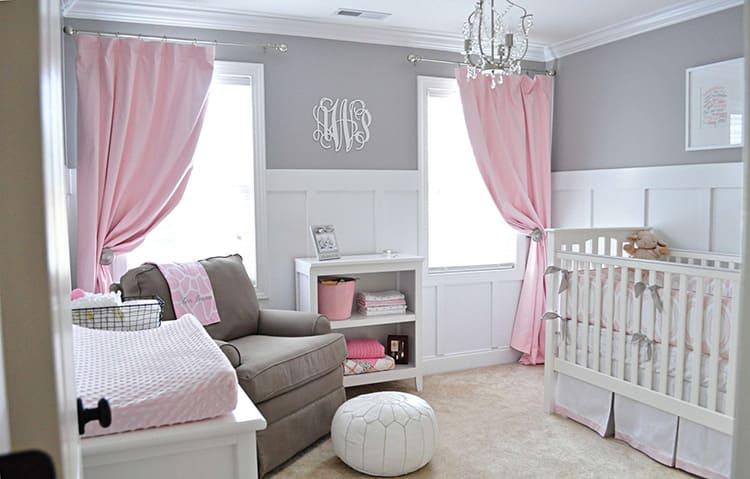 Розовый и серый – умеренно жизнерадостная гамма с ноткой строгости. Это сочетание рекомендуется разбавлять белым
