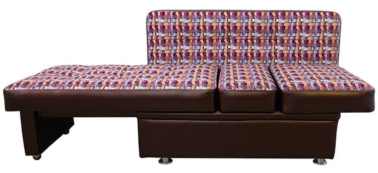 Существуют разные способы раскладывания диванов