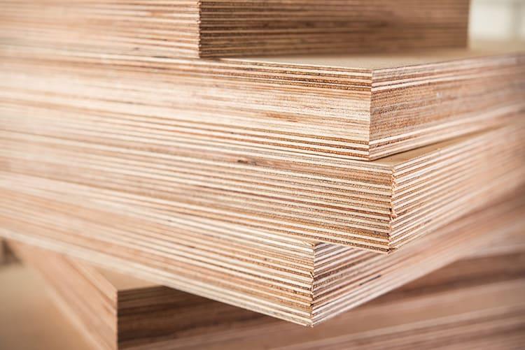 Фанера – натуральный материал из нескольких слоёв древесного шпона