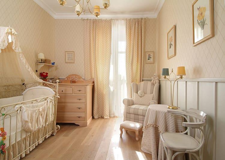 Не перегружайте интерьер детской комнаты для девочки-крошки лишним декором, который будет только собирать пыль