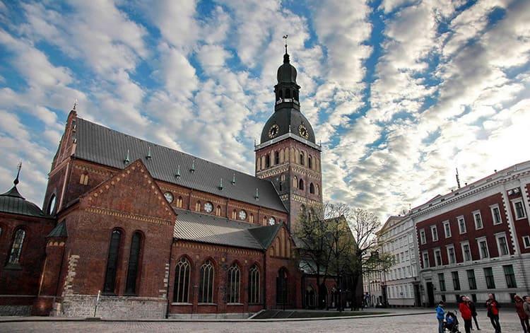 Домский собор – крупнейшее готическое сооружение XII века в Латвии
