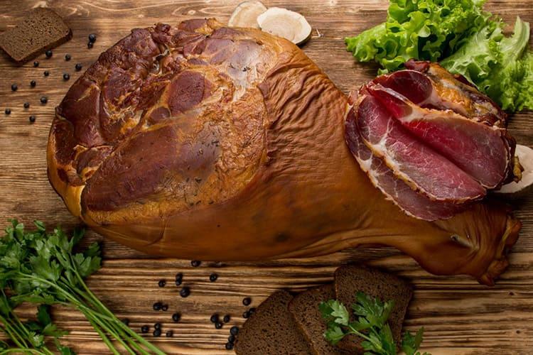 Мясо и рыба, обработанные таким способом, могут сохраняться несколько месяцев