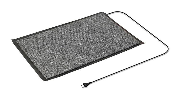 Для нагрева поверхности коврика используется выделяемое кабелем тепло