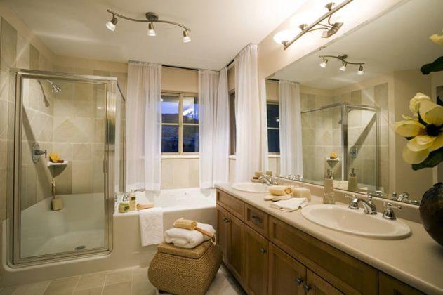 Как грамотно подобрать интересные аксессуары для ванной комнаты
