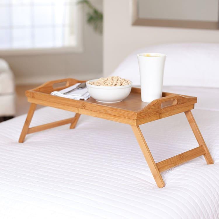Накроватный столик из натурального дерева