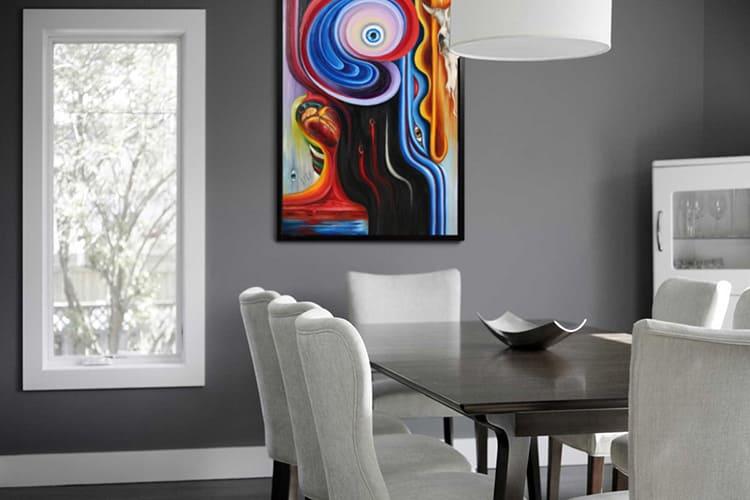Абстракционная картина в интерьере в стиле хай-тек