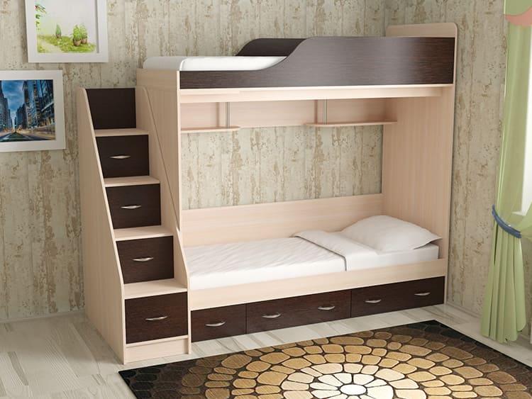 В двухъярусных конструкциях есть место для сна и хранения вещей