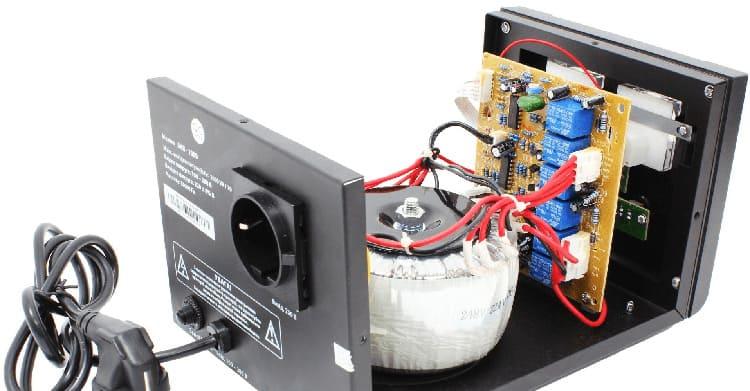 Конструктивное исполнение устройства влияет на принцип его работы