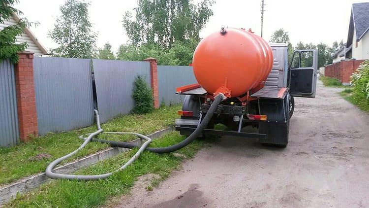 Автономная канализация для частного дома: от выгребной ямы до очистной станции