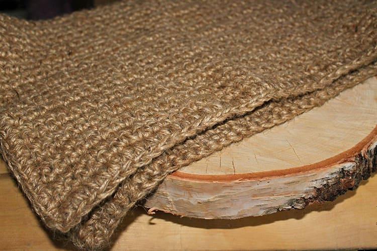 Самый простой коврик из конопли можно сделать своими руками