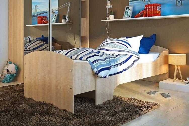 Есть такие кровати, которые могут раздвигаться в трёх вариантах, от совсем крошечного до полноценного взрослого спального места