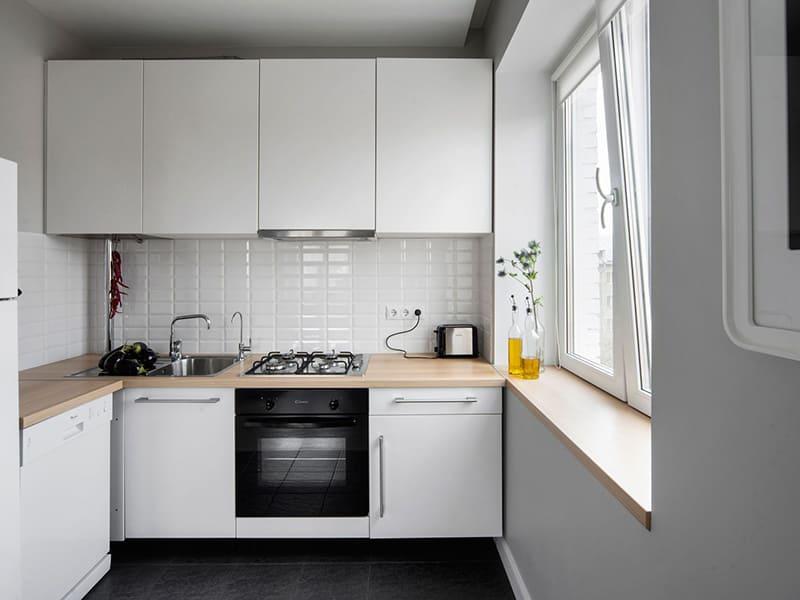 Даже в маленькой кухне можно сделать такую красоту с минимальными вложениями