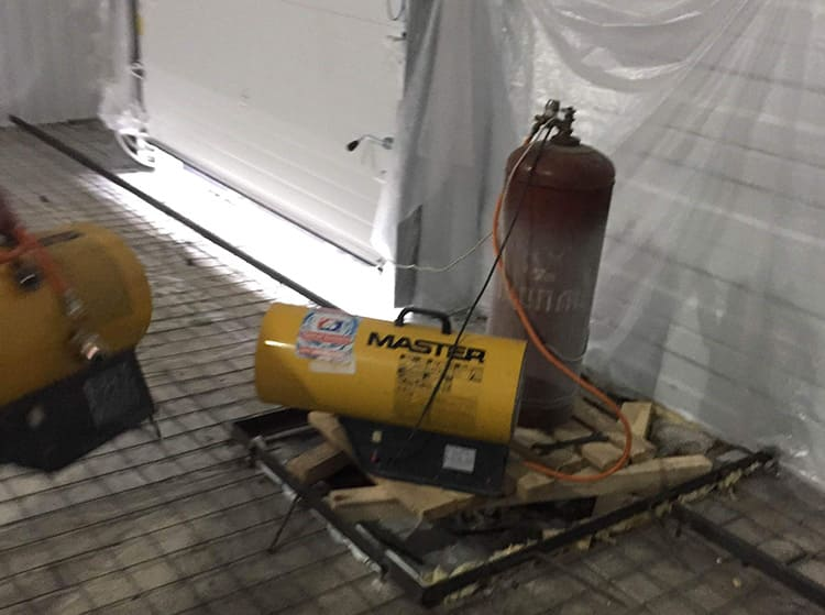 Прогреть гараж тепловой газовой пушки можно очень быстро
