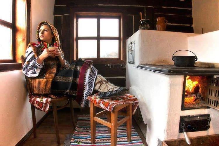 Помимо очевидной экономии, дровяные печи – это особый атрибут загородной жизни, который дарит неповторимые ощущения, ароматы и живое тепло