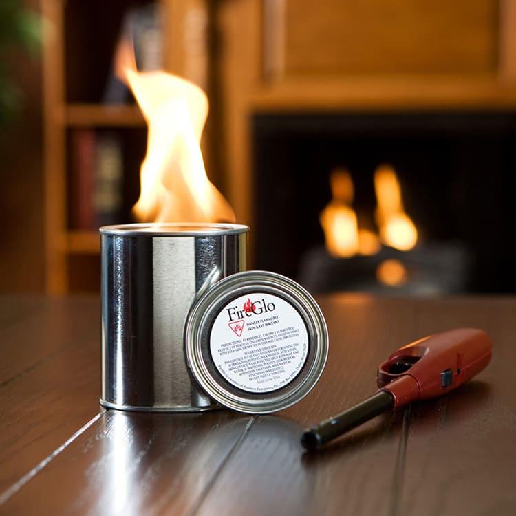 Гель, как и его жидкий аналог, не имеет специфического запаха и более безопасен для настольных и небольших настенных устройств