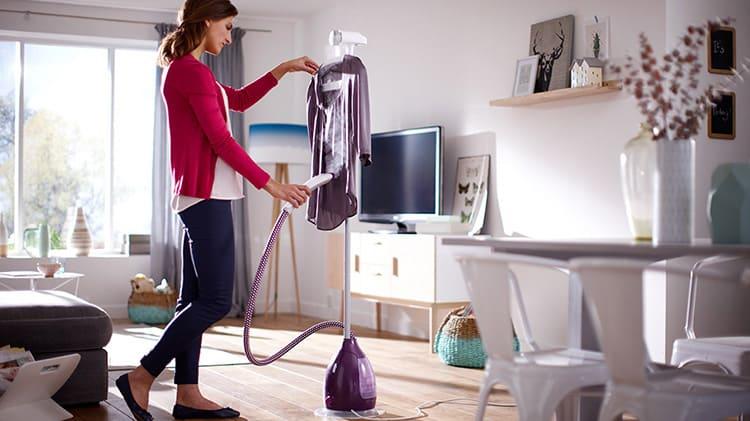 Отпарить одежду и шторы дома совсем несложно