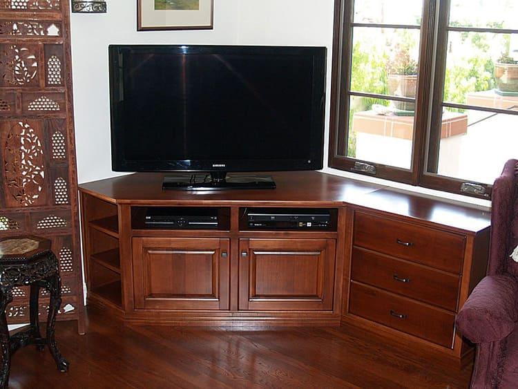 Угловая тумба под телевизор с ящиками