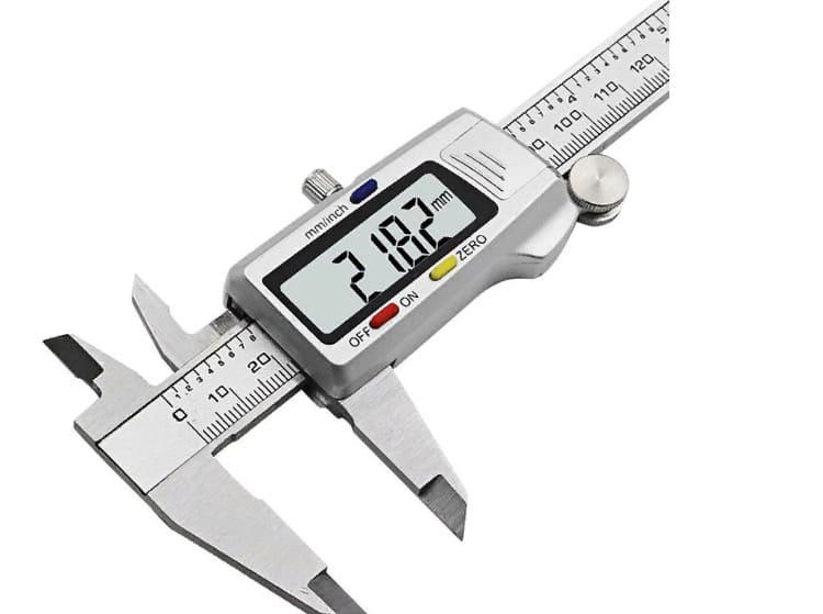 Высокоточное устройство для измерения габаритов предмета