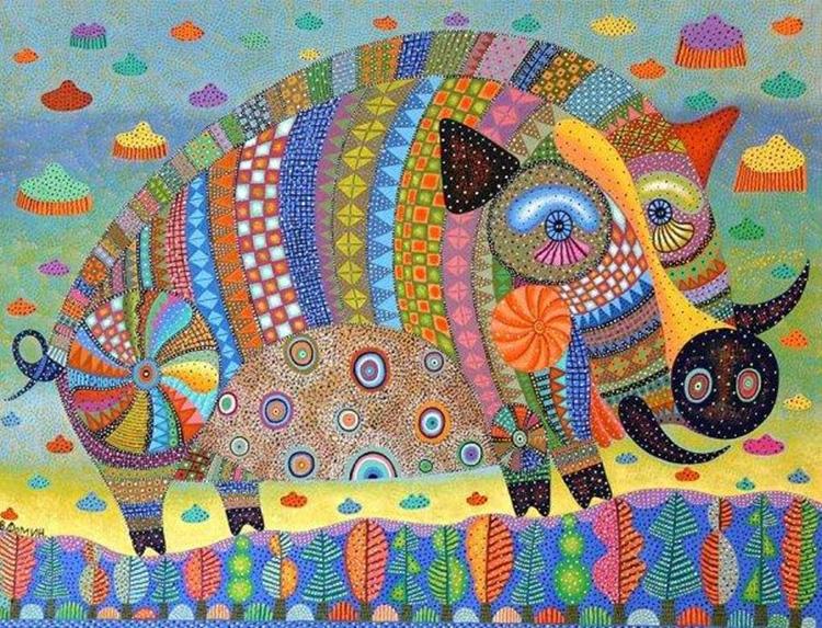 Вообще, в лоскутном шитье нет строгих правил, и именно это позволяет создавать необычные и эксклюзивные вещи: от банальных ковриков до роскошных картин