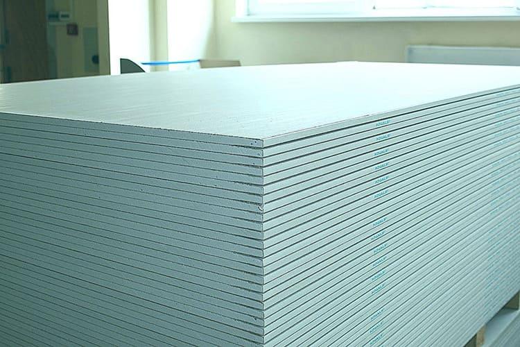 Для помещений с повышенным уровнем влажности следует подбирать подходящий материал