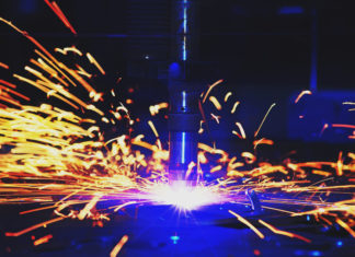 Современная технология: что такое плазменная резка металла и как правильно выбрать аппарат