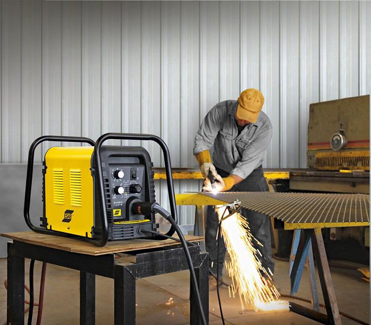 Если есть необходимость в длительной и непрерывной работе, лучше выбирать внешний компрессор