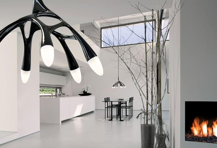 Такие светильники являются стильным декором строгого интерьера