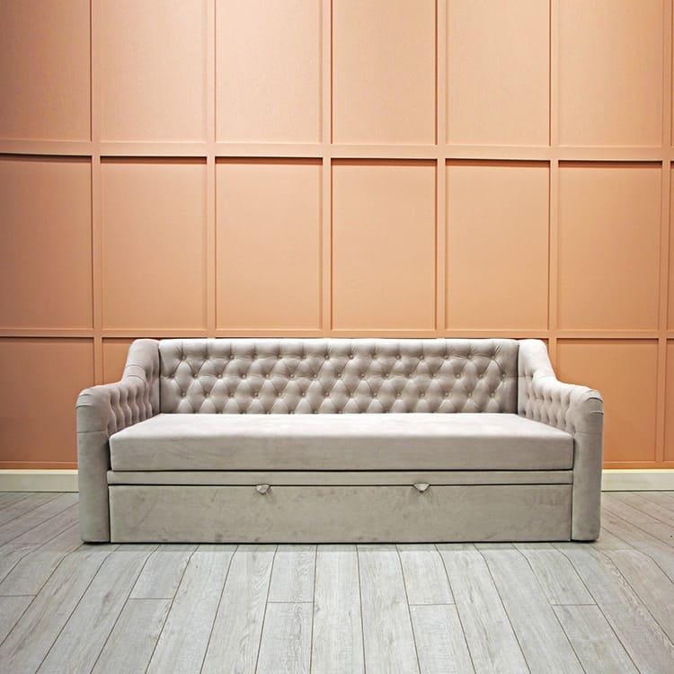 Чем жёстче диван, тем удобнее на нём спать, считают специалисты