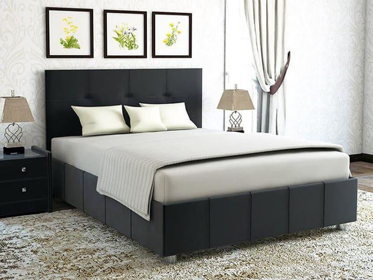 Для двоих лучше не использовать кровать шириной 140 см. Придётся постоянно тесниться