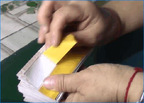 Как сделать модные жалюзи своими руками из остатков обоев