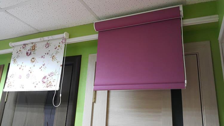 Рулонные шторы можно регулировать механизмом, который применяется для заводских жалюзи