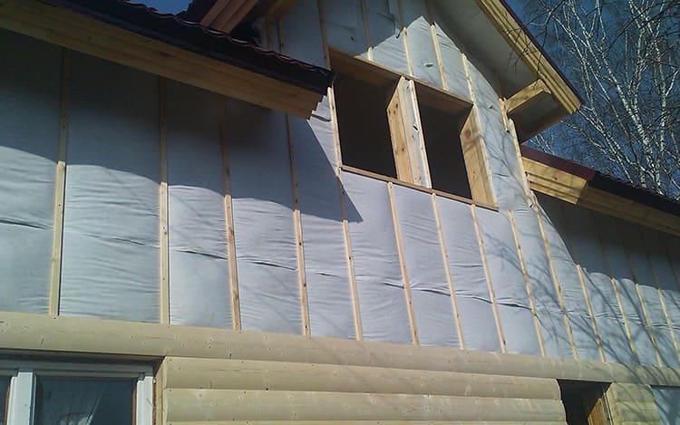 Характеристики утеплителя должны соотноситься со свойством материала стен