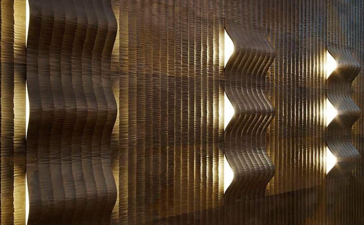 Расположение светильников выбирается с учетом особенностей интерьера