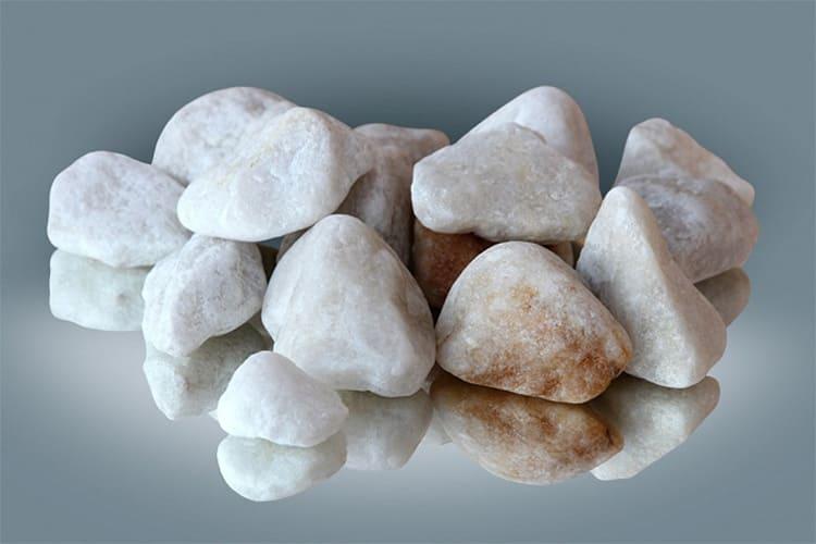 Этот камень для прекрасной полвины человечества