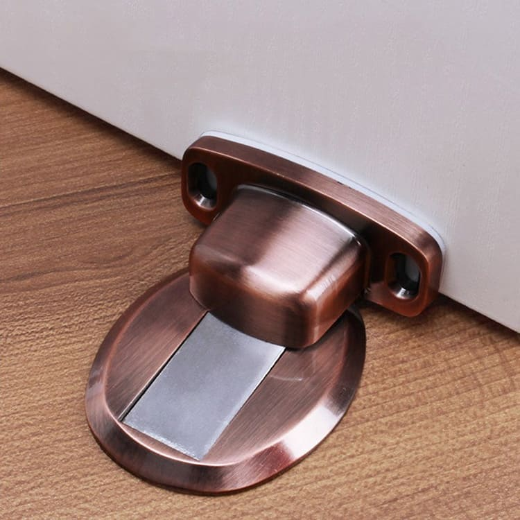 №6. Фиксаторы с магнитом не просто останавливают полотно, но и закрепляют его благодаря притяжению небольшой металлической пластинки