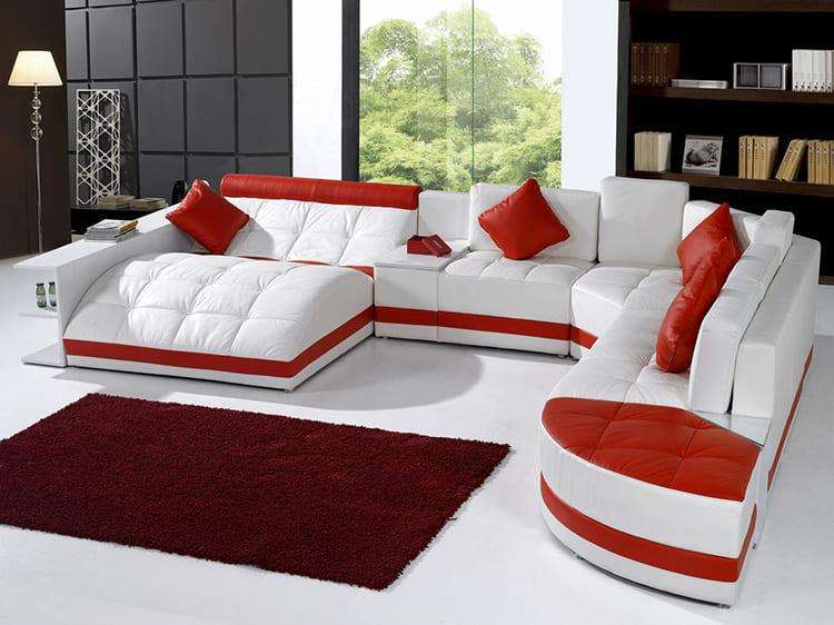ФОТО: avatars.mds.yandex.net Модели диванов могут быть весьма оригинальными. №5. Равные части.