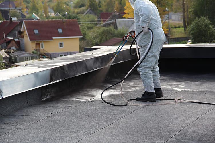 ФОТО: www.mmsyst.ru Жидкая резина – надёжная защита от влаги.