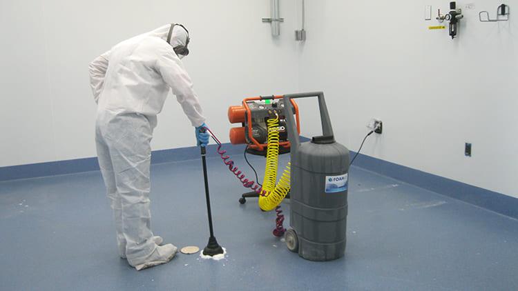 ФОТО: assets.oxu.az Для полного устранения опасности, нужна химическая обработка, которая нейтрализует негативное влияние.