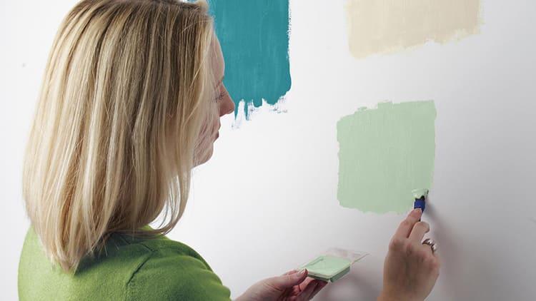 ФОТО: s-hit.ru Необходимо заготовить краску с запасом.