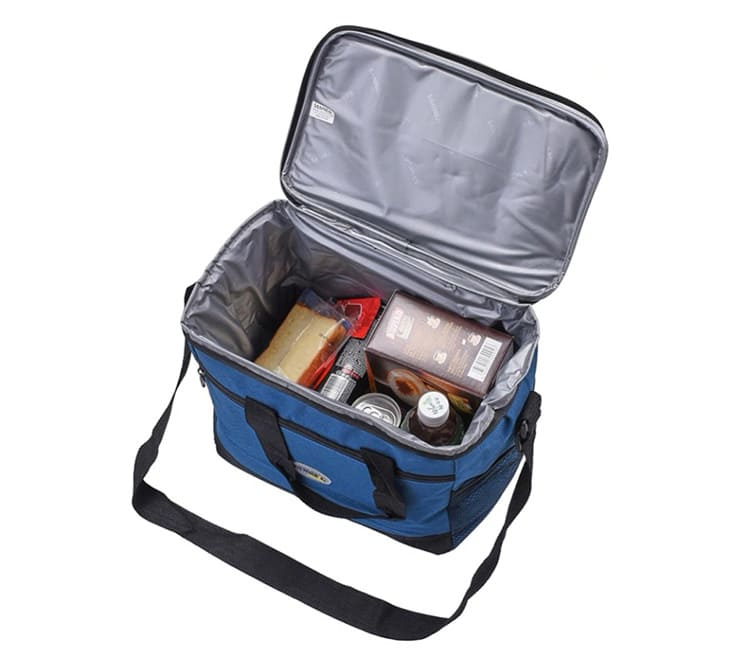 Сумка позволяет компактно и безопасно расположить всё, что вы планируете взять с собой в дорогу