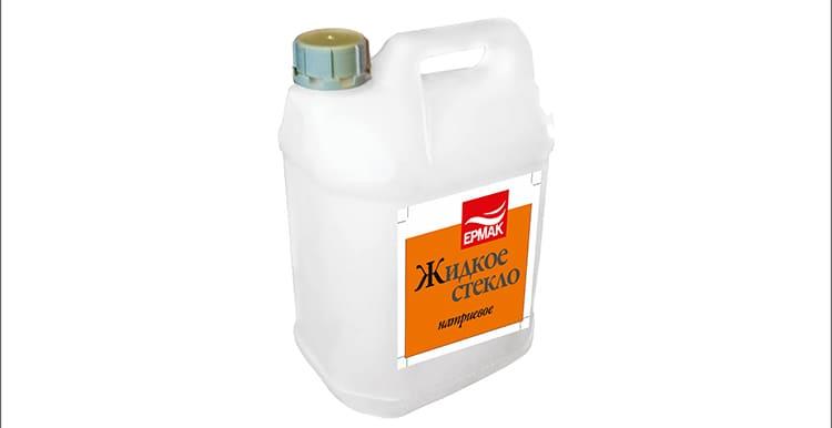 ФОТО: artc-alisa.ru Состав поможет защитить от плесени