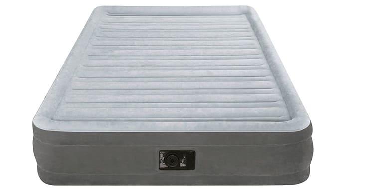 Intex Foam Top Airbed – полноценное спальное место ФОТО: www.optomvdom.ru