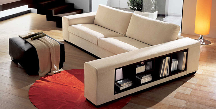 ФОТО:dommeb.ru Двуспальный диван имеет размеры 200 × 200 см².