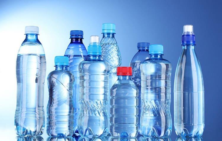 Пластиковая бутылка – это универсальный материал для различных приспособлений
